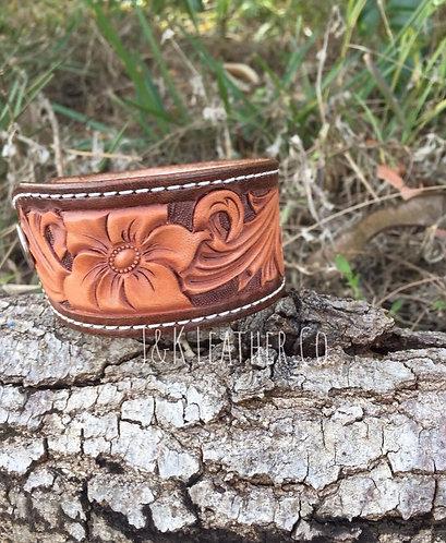 6 Petal Floral Bracelet
