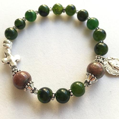 Jade and Kashgar Garnet Rosary Bracelet