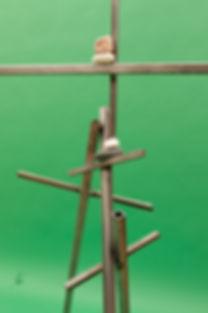 metal pebbles equilibrium detail .jpg