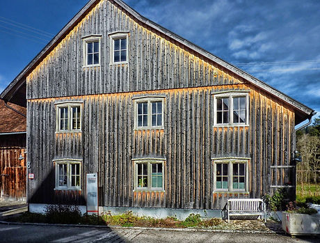 canva-brown-wooden-house-MADGxy_DjEg.jpg