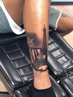 Opera House/ Eiffel Tower