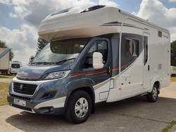Autotrail Tracker RS