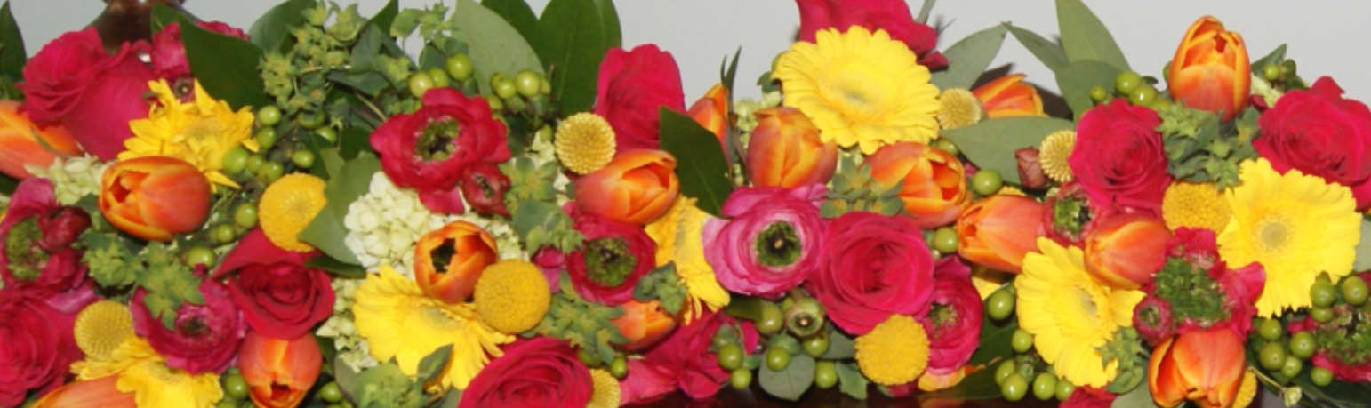 Bright Bridesmaids Bouquets.png