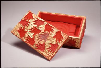 Child Hand Box