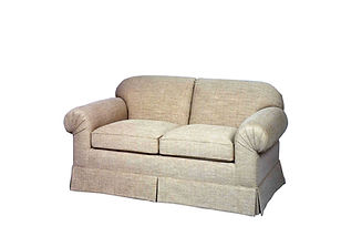 3347 Loveseat (pleated arms)