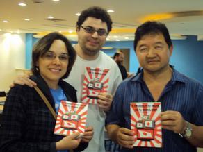 Fotos do lançamento do livro A presença do Animê na Tv Brasileira