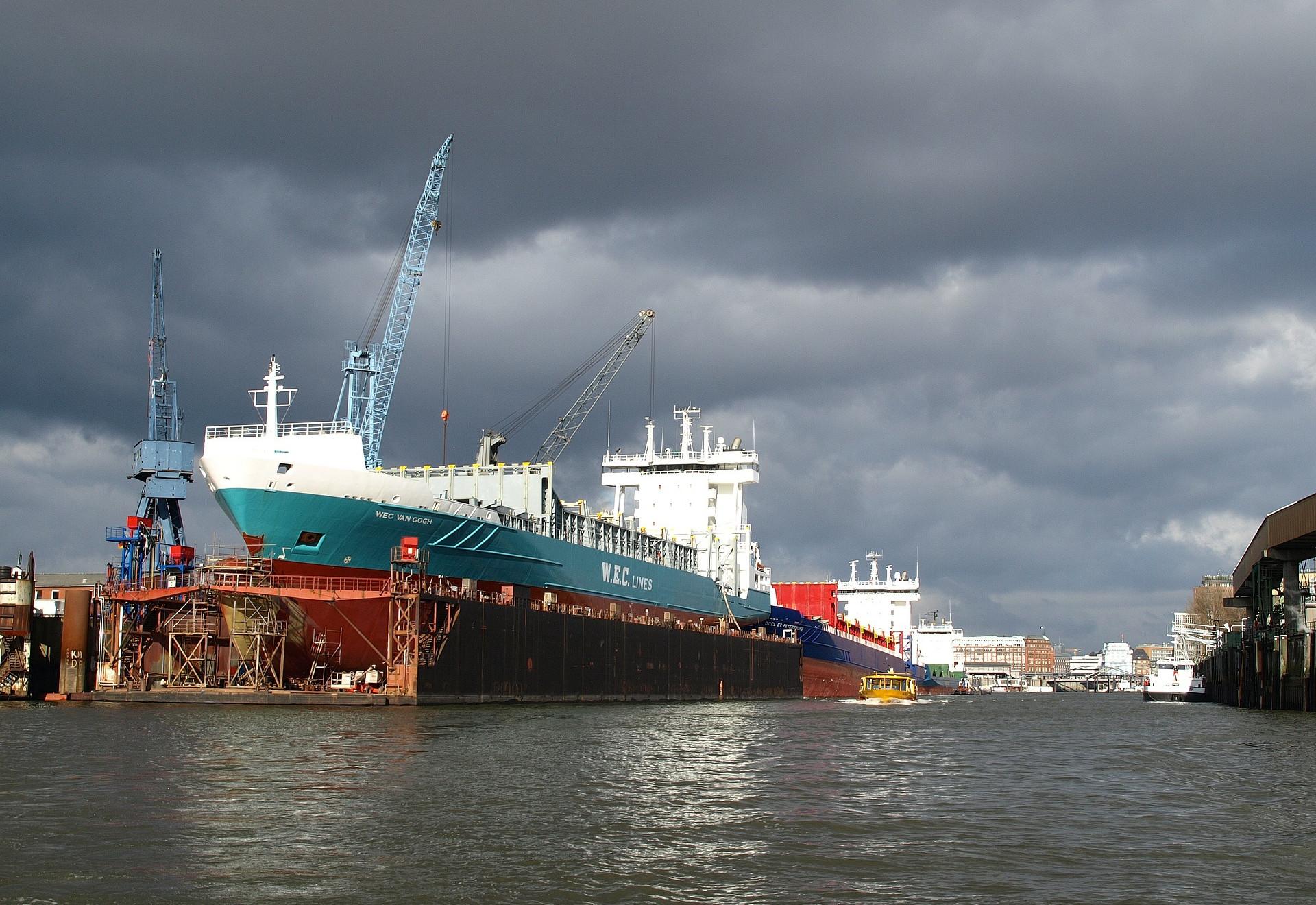 Anti-incrustante para navios