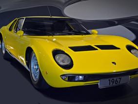 Visite Museus de carros clássicos direto do sofá