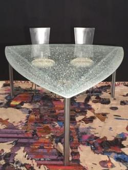 table-venus-chaises-anneso-1-tapis-web