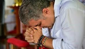 Sobre la mezcla de religión y gobierno, reflexión en Colombia.