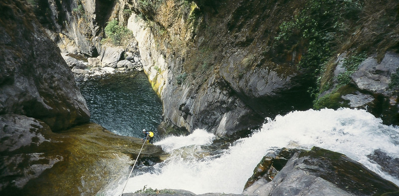 Canyoning action_Chamje khola_Upper part