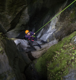 Canyoning Aotearoa Dry Chasm 210605-45.j