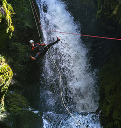 Looking cool on the rope