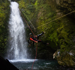 Abseiling with style in Shift Canyon