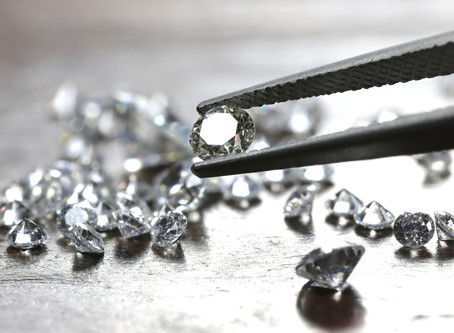 Lab-Grown Diamonds vs. Natural Diamonds: What's the Difference?