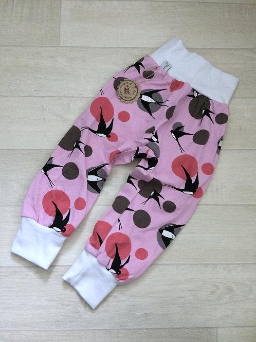 Hose rosa mit Schwalben und dots, Grösse 80/86