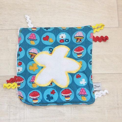 Fühl- Spieltuch blau mit Blume