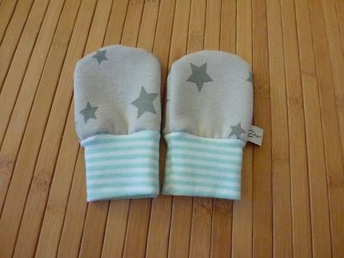 Handschuhe grau mit Sternen