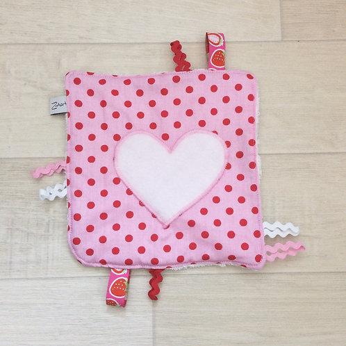 Fühl-Spieltuch rosa mit Herz