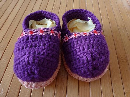Schuhe violett/ rosa mit Blumenrand