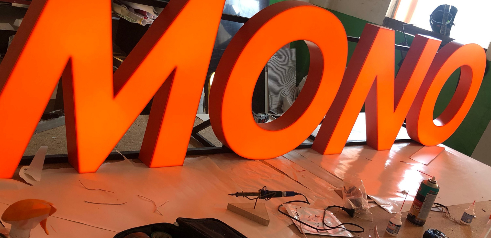 Накрышные буквы для бара МОНО.JPG
