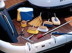 Nettoyage, entretien de bateau