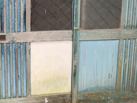 北名古屋市 玄関 引き戸 ガラス交換と鍵の新規取り付け