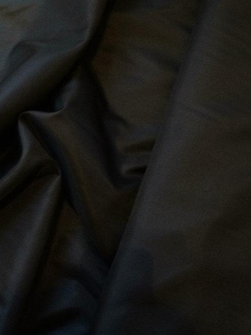100% polyester lining black
