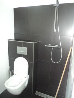 Toilet Black/White