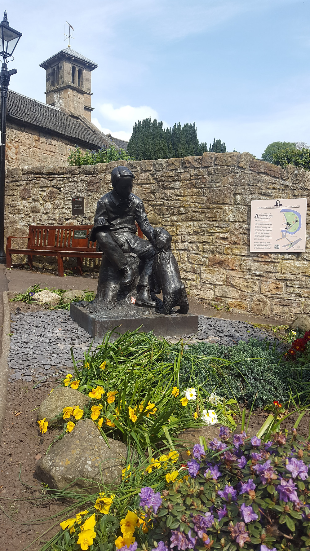 Statue of RL Stevenson