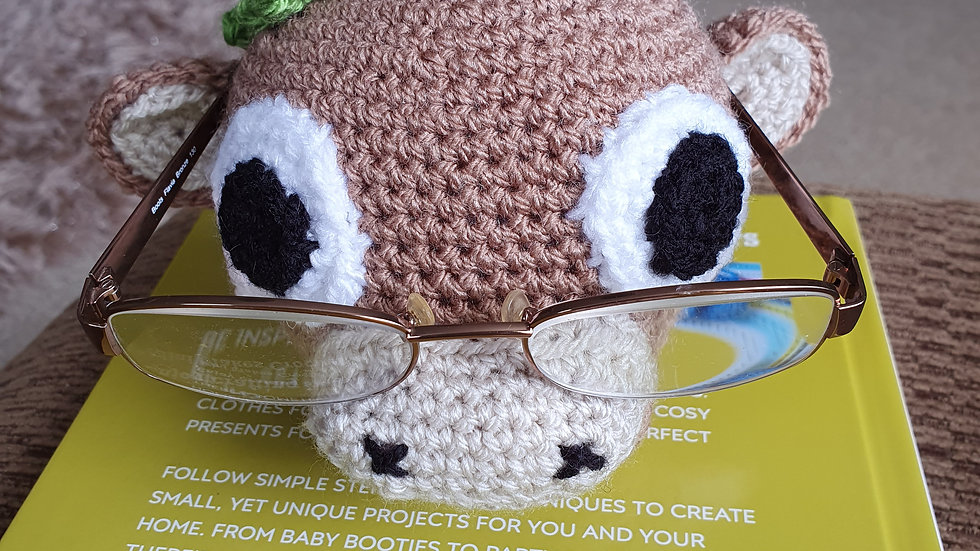 Crochet Bull Glasses Holder