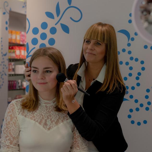 professional makeup by Elke