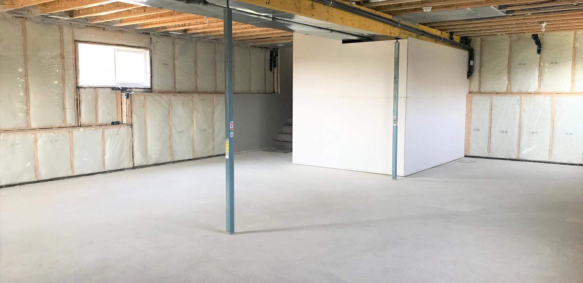 5910 Panorama Drive | Interior