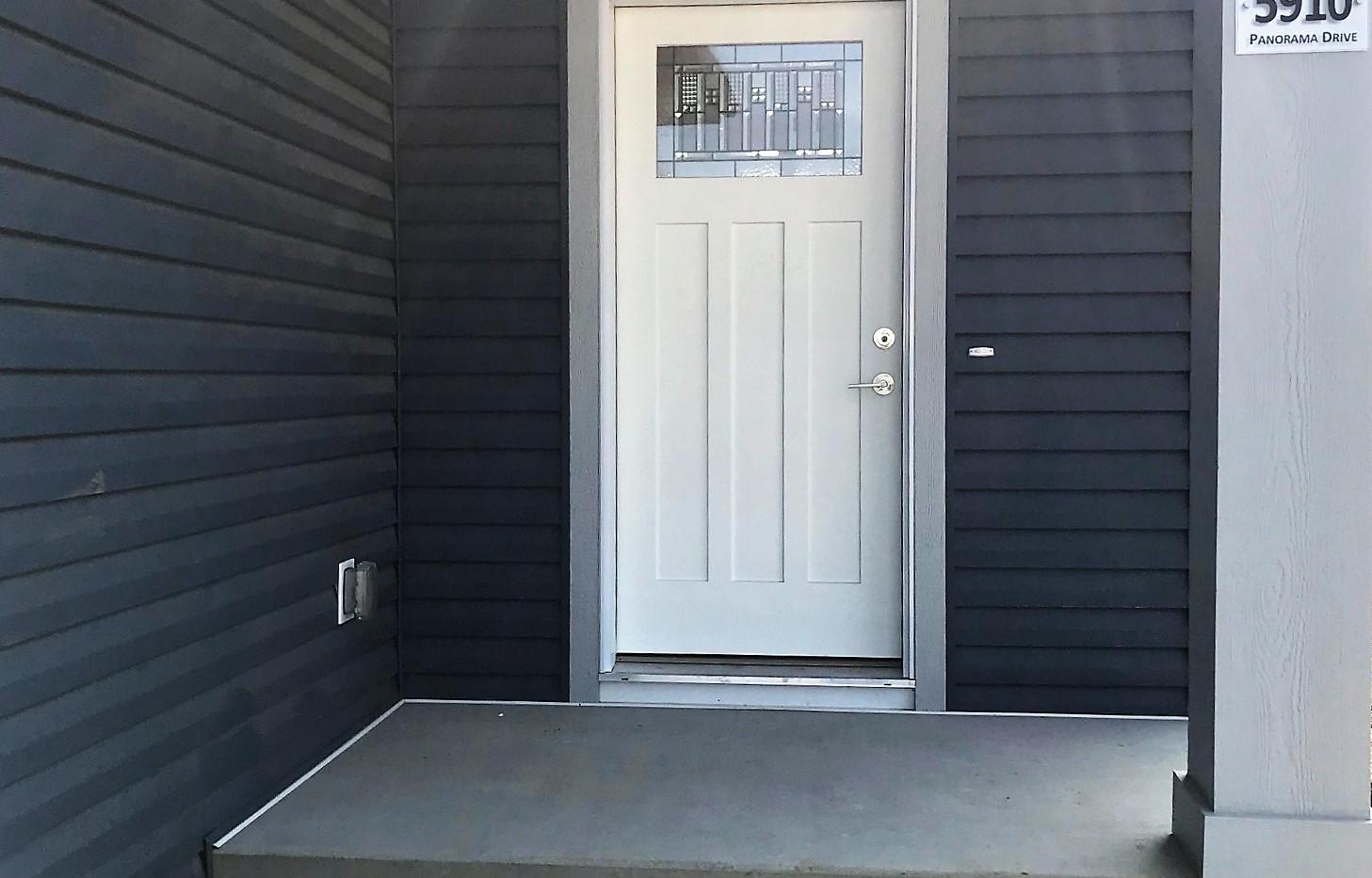 5910 Panorama Drive | Front Door