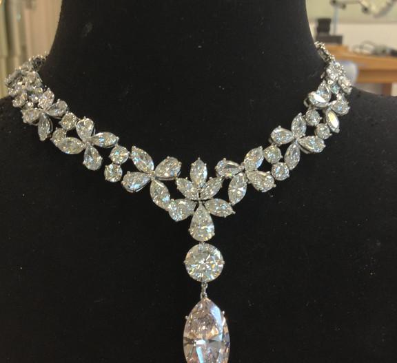 Collier diamants marquises.JPG