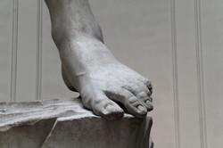 Florenz_-_David_von_Michelangelo_04_-_Fuß