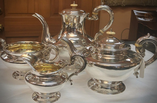 Silver Tea/Coffee Service & Tableware