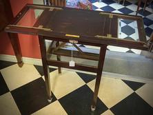 Vitrine Table