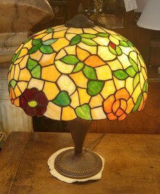 Table Lamps & Chandeliers