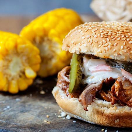 Σάντουιτς με τραβηχτό χοιρινό