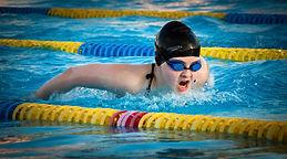 swimming-1265932_1920.jpg