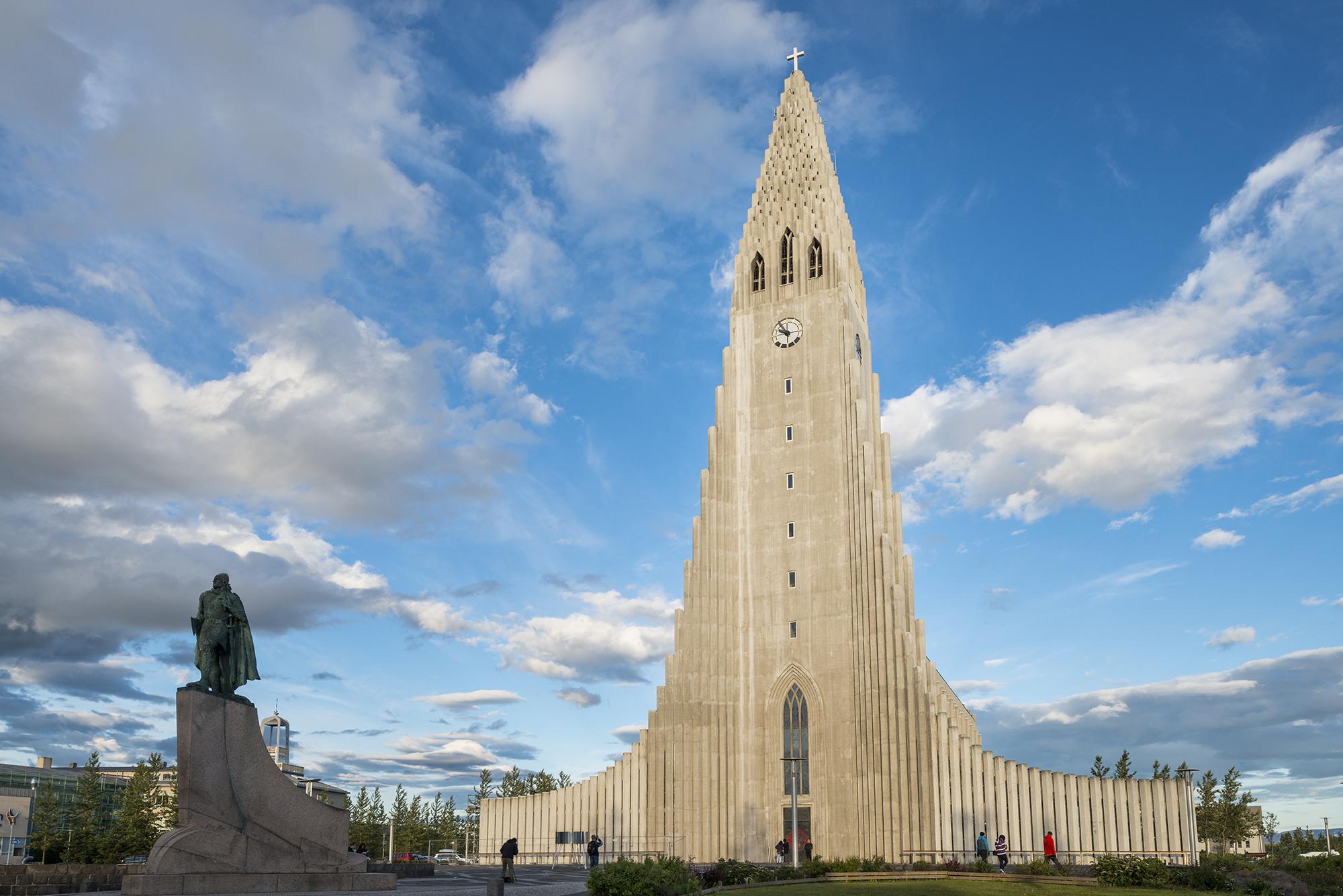 Hallsgrímskirkja, Reykjavík