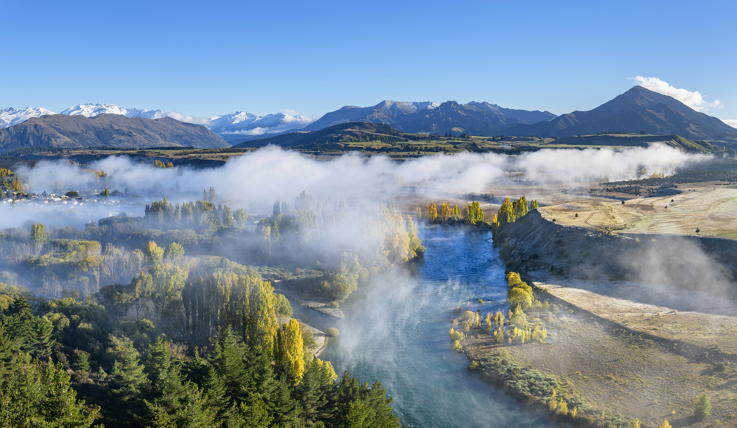 Autumn mist, Clutha River