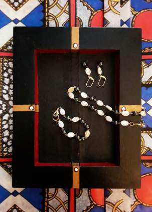 Hand-Painted Valet Tray with Pearls