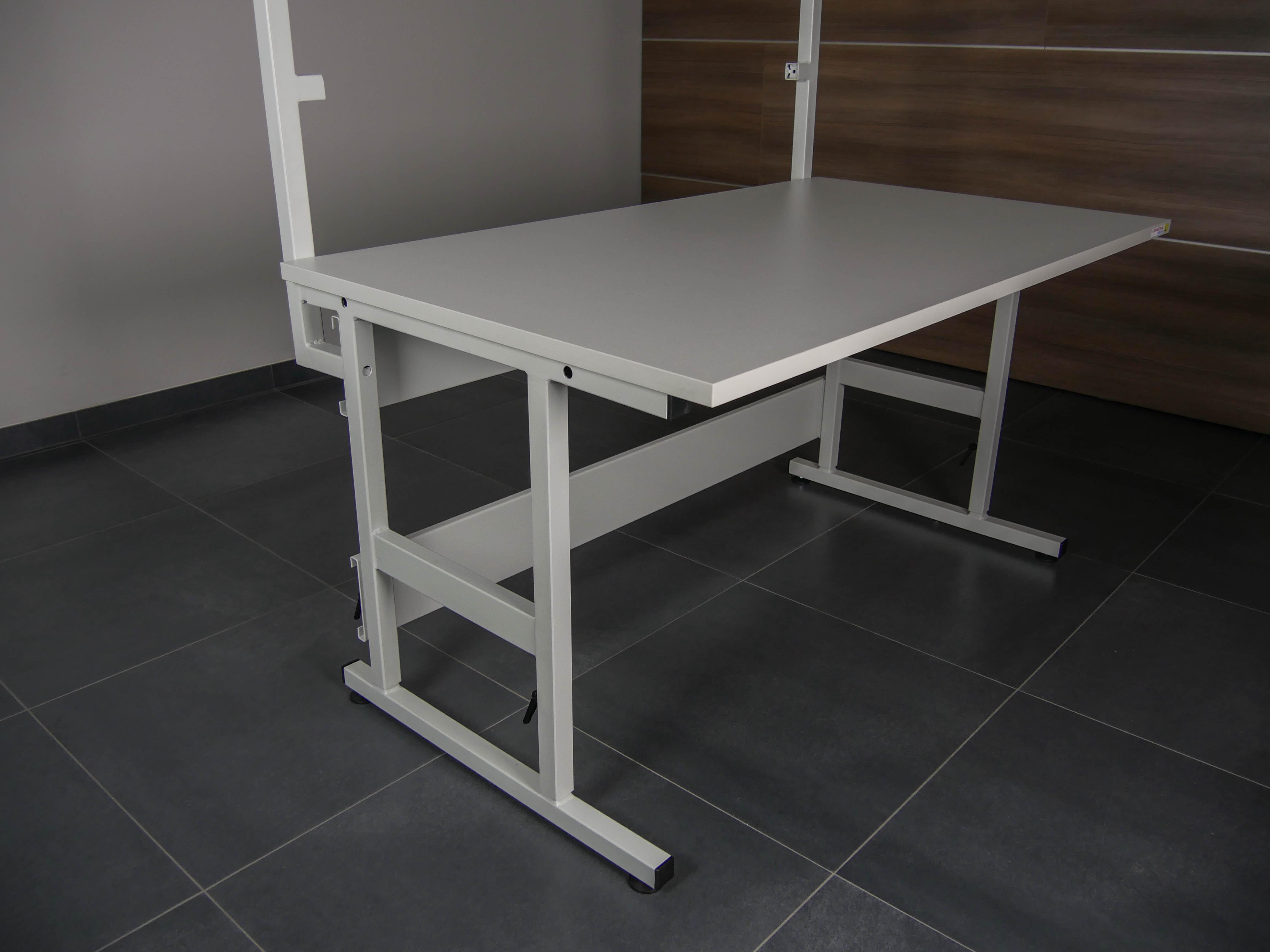 Stůl VariWork-3