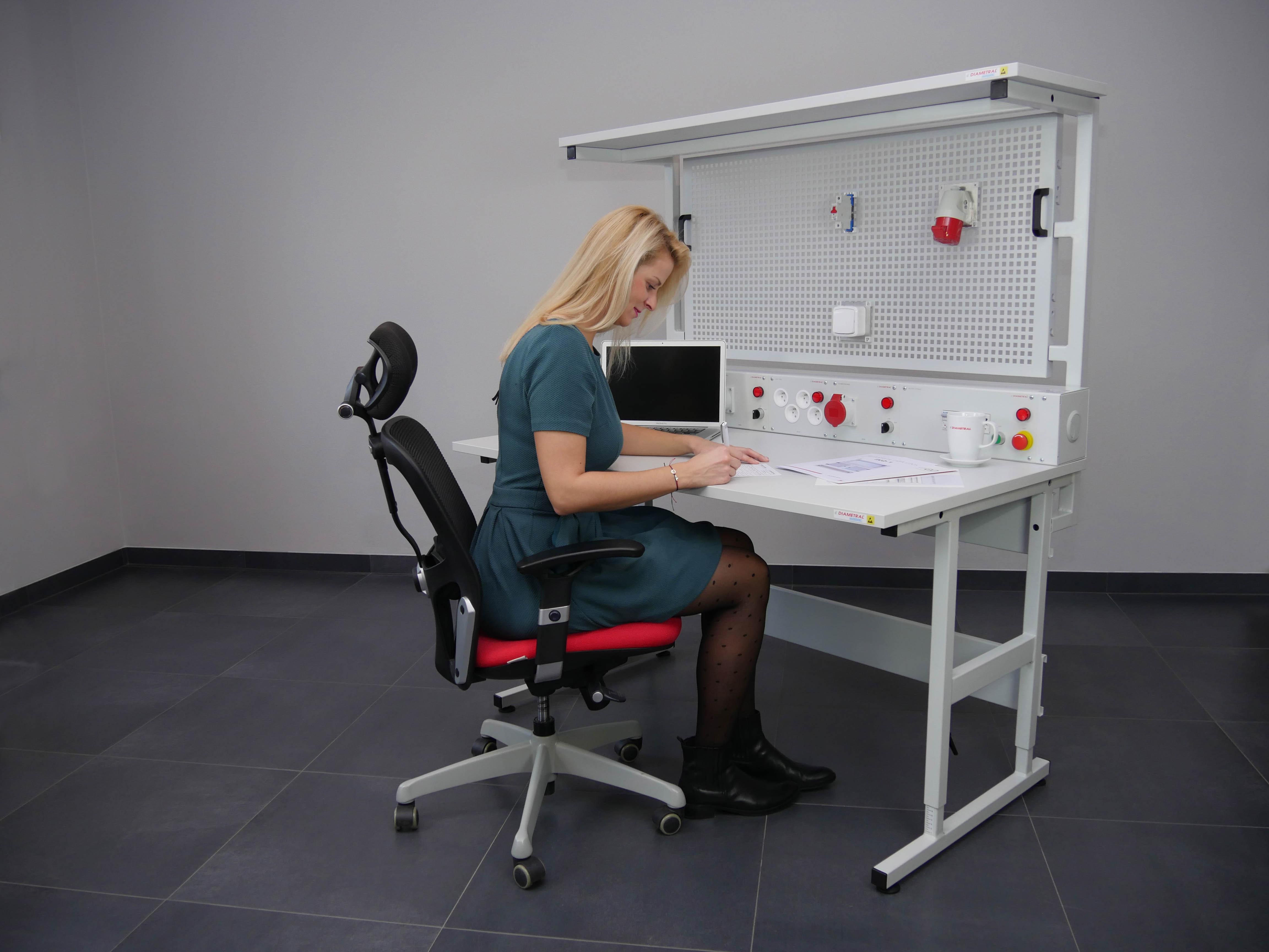 Stůl VariWork-11.jpg