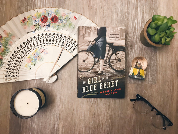 Book Review: The Girl in the Blue Beret