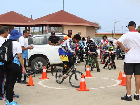 "Proyecto ""Talent Identification Program"" a sigui den e deporte di  BMX"