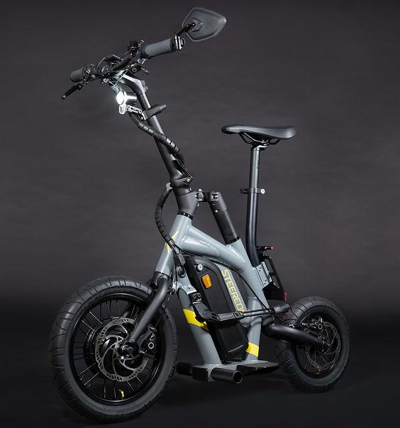 STEEREON S25 - Grau - Sportlicher E-Scoo