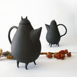 Mr. and Mss. Teapot